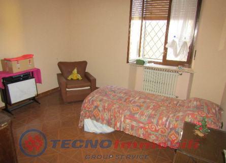 Appartamento Front foto 3