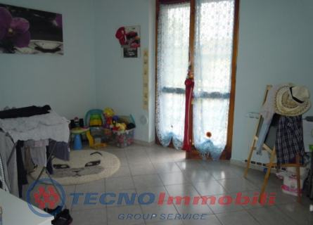 Appartamento Front foto 4