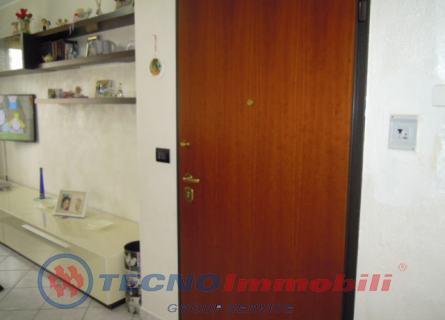 Appartamento Front foto 9