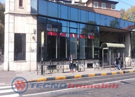 Locale commerciale Torino foto 1