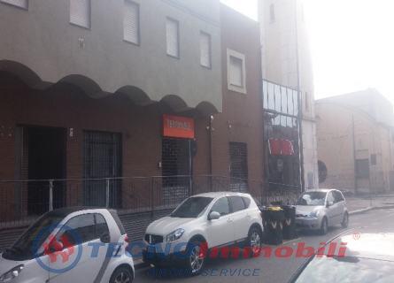 Locale commerciale Torino foto 4