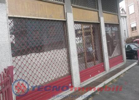 Locale commerciale Settimo Torinese foto 2