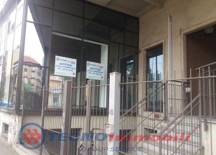 Locale commerciale Torino foto 3