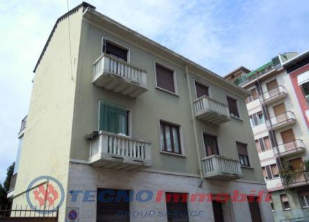 Appartamento in Vendita Via Capua  Torino (Torino)