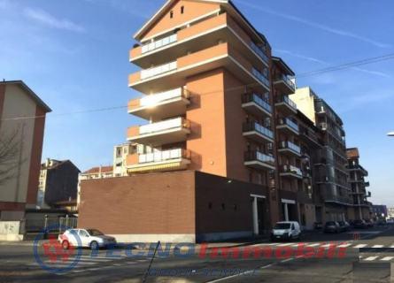 vendita appartamento torino  Via Massari ,99 129000 euro  4 locali  70 mq