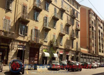 vendita appartamento torino  Via Nizza ,373 63000 euro  3 locali  45 mq