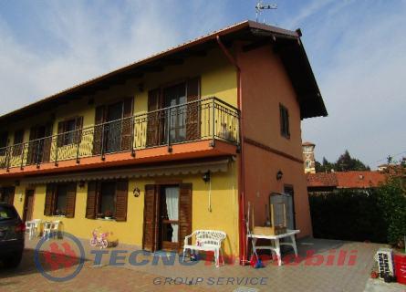 Villa in Vendita Front, Via Torchi
