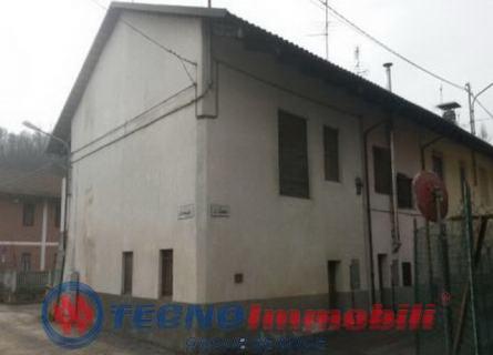 Rustico/Casale in Vendita Front, Via Beppe Fenoglio