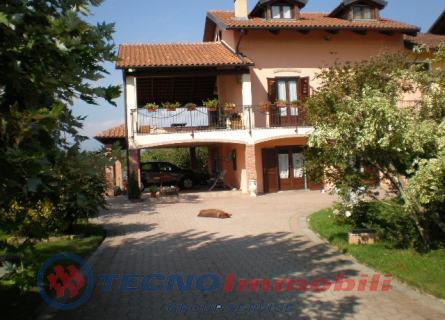 Casa indipendente in Vendita Front, Regione Pomatina