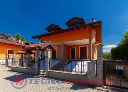 Via Dell`erica, 35 Lombardore (Torino)