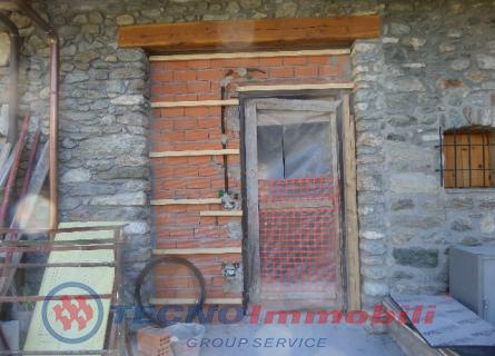 Porzione di casa Frazione Porossan , Aosta - TecnoimmobiliGroup