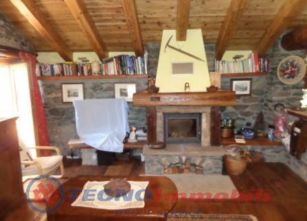 Villa Frazione Vers Le Bois , Valsavarenche - TecnoimmobiliGroup