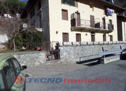 Appartamento in vendita a Quart, 8 locali, Trattative riservate | PortaleAgenzieImmobiliari.it