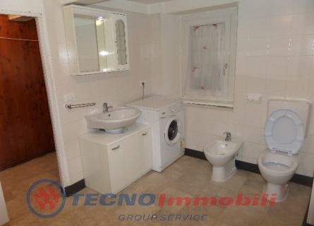 http://www.tecnoimmobiligroup.it/public/img/Img4_92201816728.jpg