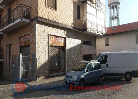 Negozio in Affitto Via Brofferio  Settimo Torinese (Torino)
