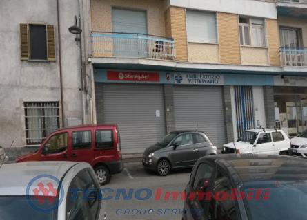 Negozio in Affitto Via Mazzini  Caselle Torinese (Torino)