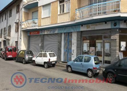 Negozio Via Mazzini, Caselle Torinese - TecnoimmobiliGroup