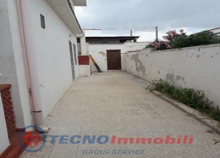 Casa Bi/Trifamiliare Via Specchiarica, Manduria - TecnoimmobiliGroup