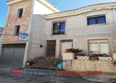 Via  P.bianchi, 1 Manduria (Taranto)