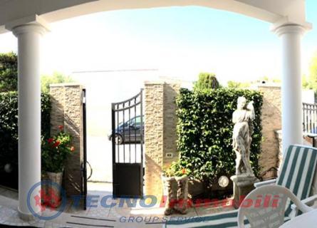 Via   Delle Gragole, 40 Manduria (Taranto)
