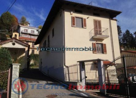 Casa indipendente in Vendita Lanzo Torinese, Via Sant`Anna