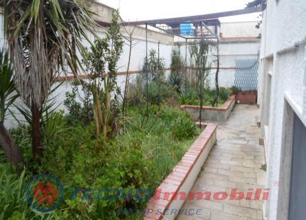 Appartamento in vendita a Maruggio, 4 locali, prezzo € 79.000 | PortaleAgenzieImmobiliari.it
