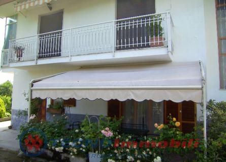 Appartamento in vendita a Robassomero, 5 locali, prezzo € 157.000 | Cambio Casa.it