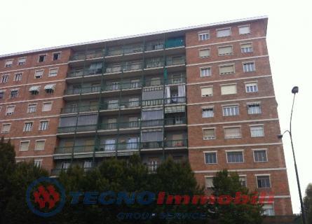 Appartamento in vendita a Torino, 4 locali, prezzo € 122.000 | Cambio Casa.it