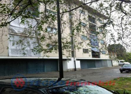 Appartamento in vendita a Torino, 6 locali, prezzo € 126.000 | Cambio Casa.it