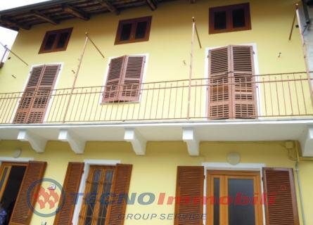 Bilocale Corio Via San Grato 9