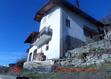 Villa Via Delle Betulle , Aosta - TecnoimmobiliGroup