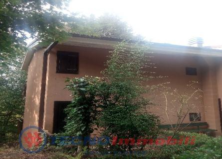 Villa a Schiera in vendita a Corio, 6 locali, prezzo € 76.000 | PortaleAgenzieImmobiliari.it