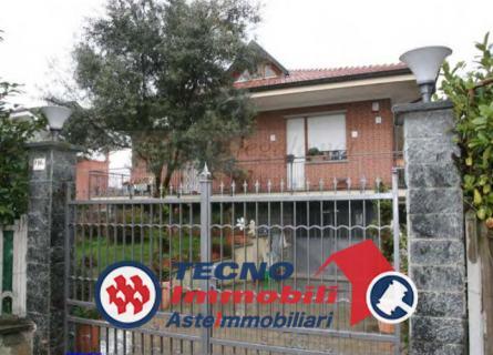 Appartamento in vendita a San Francesco al Campo, 6 locali, prezzo € 144.000 | PortaleAgenzieImmobiliari.it