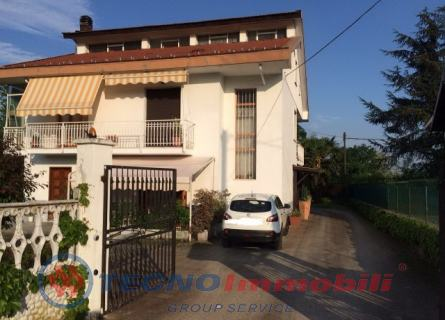 Appartamento in vendita a Robassomero, 5 locali, prezzo € 129.000 | Cambio Casa.it