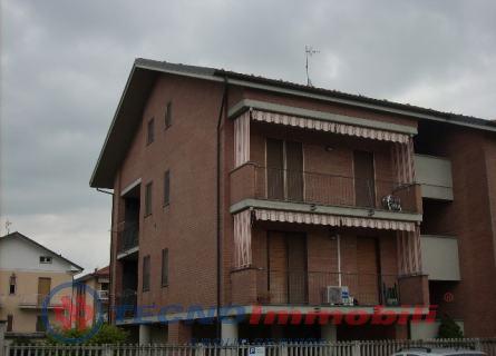 Appartamento in vendita a Caselle Torinese, 7 locali, prezzo € 199.000 | Cambio Casa.it