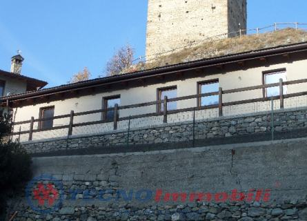 Appartamento in vendita a Gignod, 5 locali, prezzo € 340.000 | PortaleAgenzieImmobiliari.it