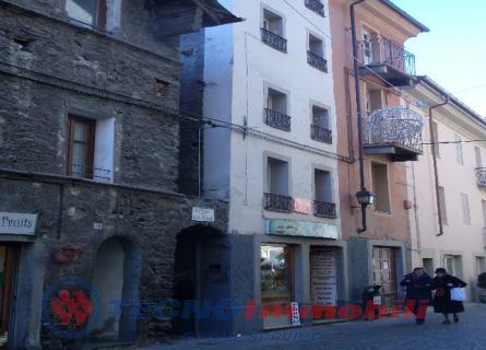 Appartamento in vendita a Aosta, 2 locali, prezzo € 89.000 | Cambio Casa.it