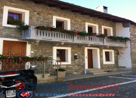 Appartamento in vendita a Quart, 6 locali, prezzo € 240.000 | PortaleAgenzieImmobiliari.it