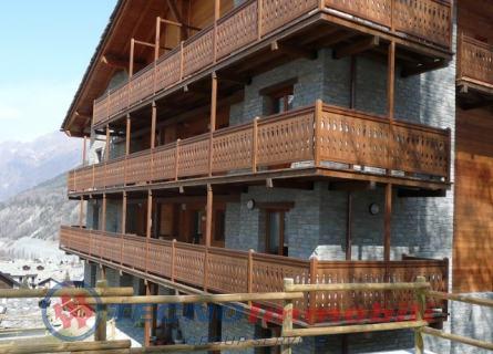 Appartamento in vendita a Cogne, 4 locali, prezzo € 520.000 | PortaleAgenzieImmobiliari.it