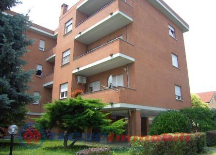 Appartamento in vendita a Ciriè, 6 locali, prezzo € 210.000 | PortaleAgenzieImmobiliari.it