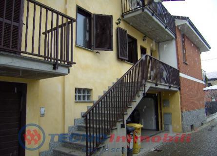 Appartamento in affitto a Vauda Canavese, 4 locali, prezzo € 350 | Cambio Casa.it