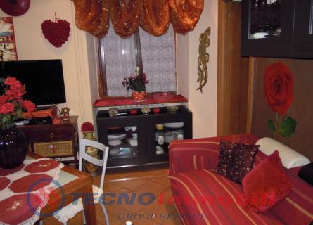 Appartamento in vendita a Torino, 4 locali, prezzo € 93.000 | Cambiocasa.it
