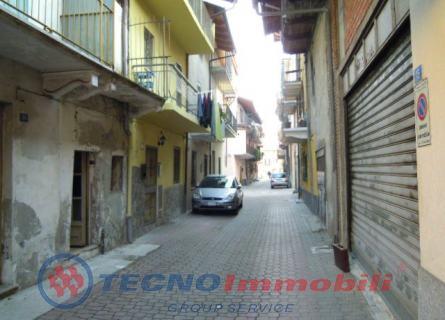 Bilocale Feletto Via Castagna 3