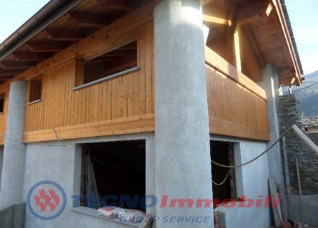 Appartamento in vendita a Nus, 4 locali, prezzo € 235.000 | Cambio Casa.it