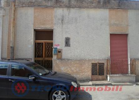 Soluzione Indipendente in vendita a Maruggio, 4 locali, prezzo € 74.000 | Cambio Casa.it