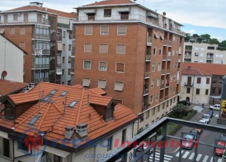 Bilocale Torino Via Belluno 4