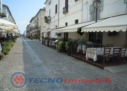 Appartamento in vendita a Venaria Reale, 4 locali, prezzo € 240.000 | PortaleAgenzieImmobiliari.it