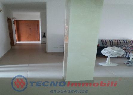 Appartamento in vendita a Manduria, 6 locali, prezzo € 73.000 | Cambio Casa.it