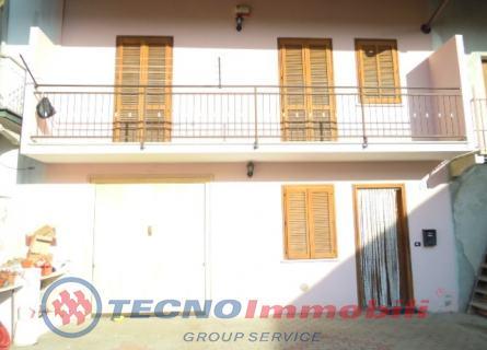 Soluzione Semindipendente in vendita a Vauda Canavese, 4 locali, prezzo € 125.000 | Cambio Casa.it