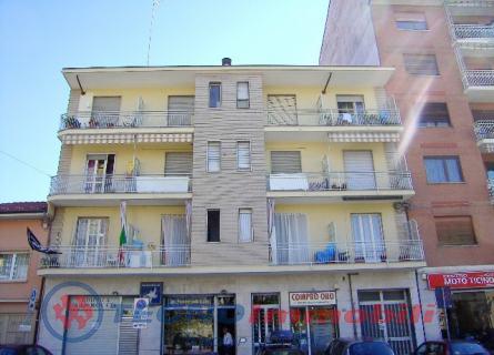 Appartamento in affitto a Ciriè, 2 locali, prezzo € 300 | Cambio Casa.it